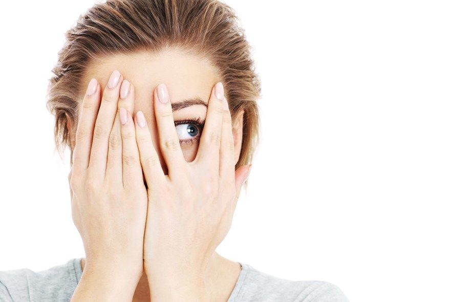 Zašto se javlja osećaj depersonalizacije?
